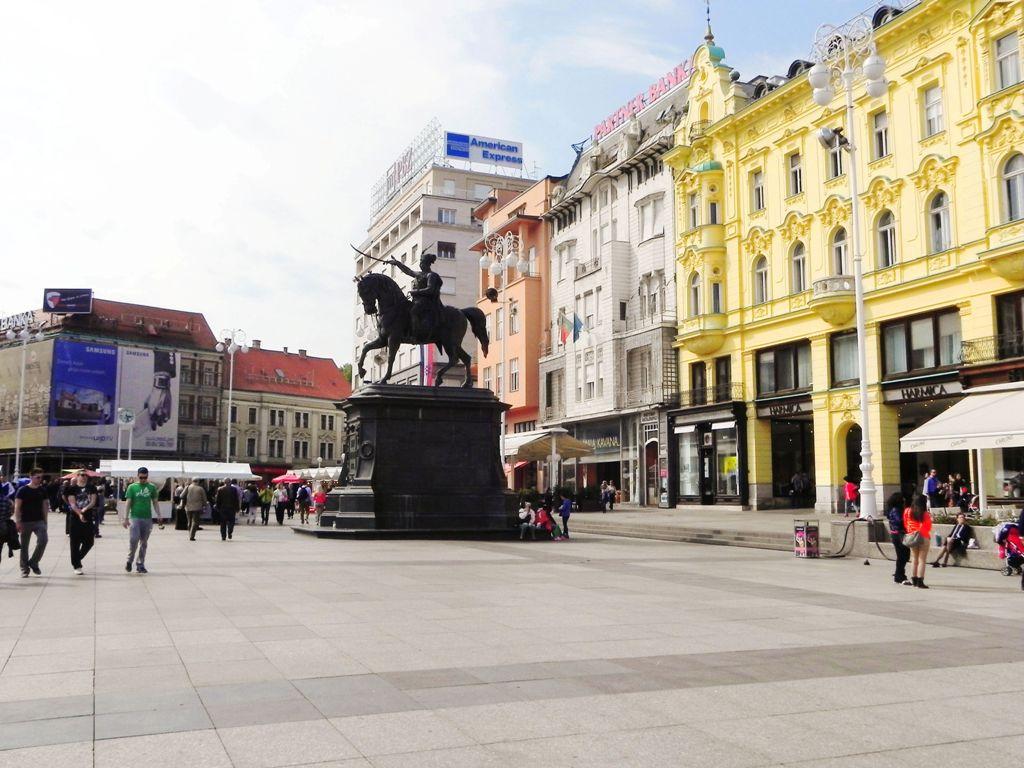 Ban Jelačić Square, Zagreb