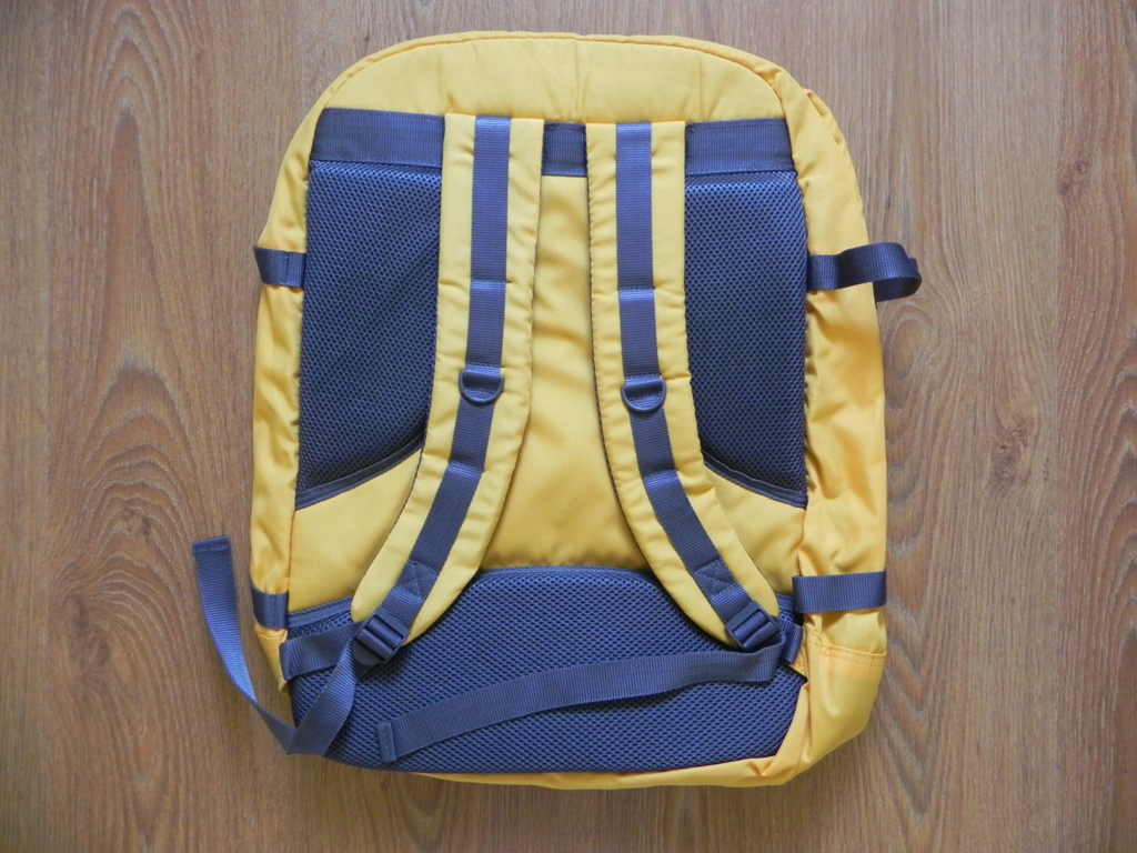 Cabin Max Metz Backpack Review 4