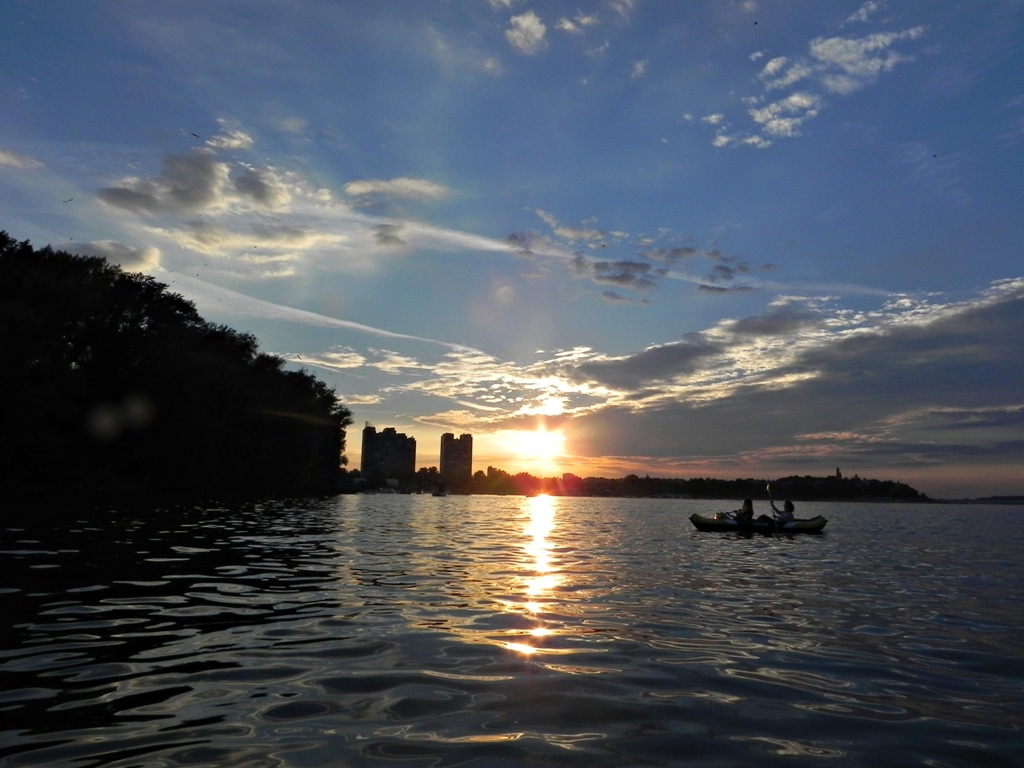 kayak tour Belgrade - spend time in belgrade