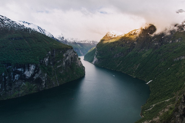 how to explore the fjords of norway on a budget - hiking